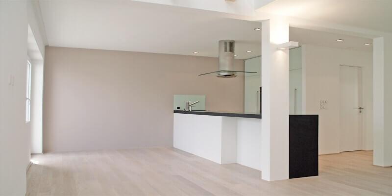 Umbau eines Dachstocks zu einer Wohnung